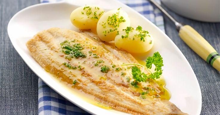 De meest geliefde vis van het land is... zeetong. Inderdaad. Het meest populaire recept met (Noord) zeetong is dan weer à la meunière, volgens de molenaarsvrouw. Gewoon de tong in wat bloem wentelen en dan bakken in goede boter.