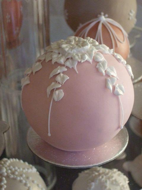 Wedding Cake Balls I Want These Sooooo Bad Instead Of A Normal