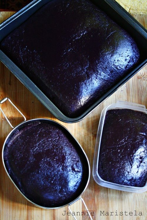 Purple Yam Fudge (Halayang Ube) --A Filipino Holiday delicacy present in most holiday meals.