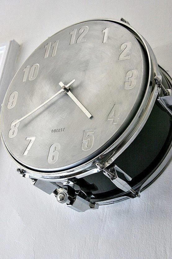 "Snare Drum clocks like these are available on Etsy in the ""timebeats"" store."