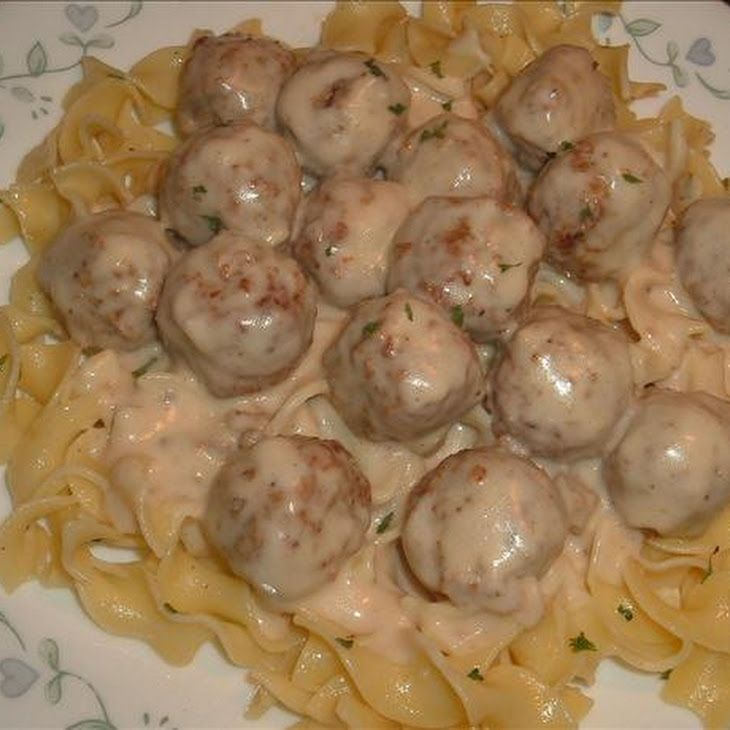 A quick but very tasty sauce to add to already prepared frozen meatballs. This recipe makes a generous amount of sauce for a 1/2 package (20 oz) of meatballs. Serve over egg noodles or giveback.cfe: Scandinavian.