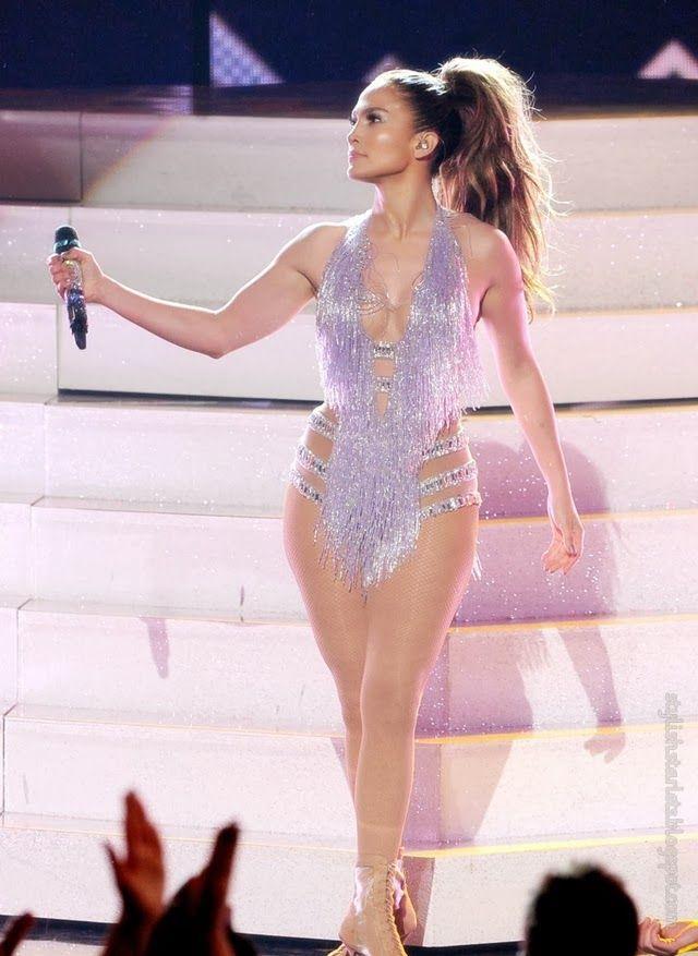 Stylish Starlets: Jennifer Lopez in Zuhair Murad