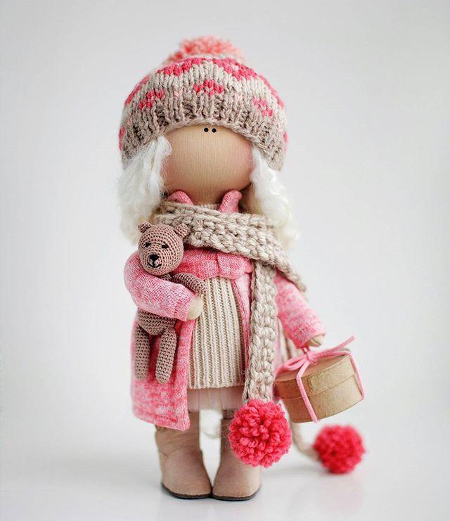 известен проект красивые куклы коннэ фото одна секций