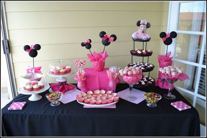 1000 images about minnie mouse table ideas on pinterest for Baby minnie mouse decoration ideas