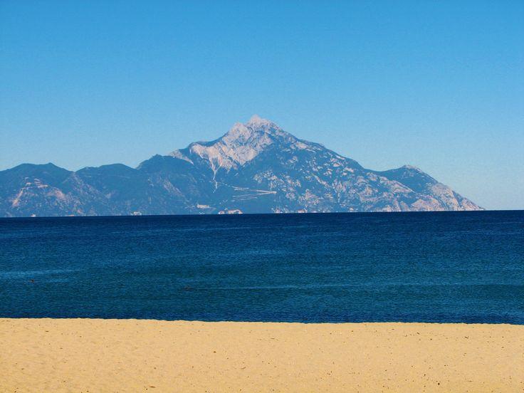 Sarti, jedna od najlepših i najposećenijih turističkih destinacija Sitonije #greece #sithonia #sarti #punimplucima http://go2travelling.net/putovanja/go2-leto-2014/sarti-leto-2014