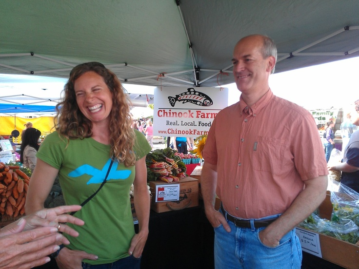 Big thanks to Rep. Rick Larsen (WA-2) who stopped by the Everett Farmers Market last week. Rep. Larsen is a supporter of local farms and many of them donate to the Everett Food Bank.