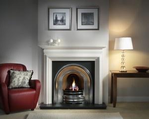 http://www.furnitureinturkey.com/decorating-tips-fireplace-mantels/