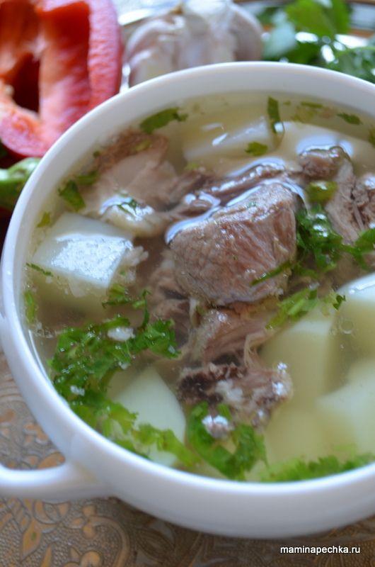 Шулюм из баранины - простое, очень вкусное и высококалорийное блюдо, характерное для народов Кавказа. Предлагаем вам подробный рецепт приготовления с фото.