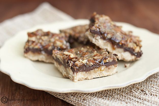 Chocolate Caramel Pecan Shortbread Bars. Makin' these tonight for ...