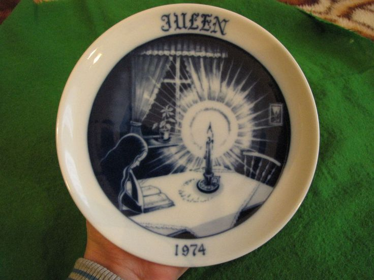 Sweden Christmas Wall plate 1974 Norberg porcelain art pottery ceramic very rare