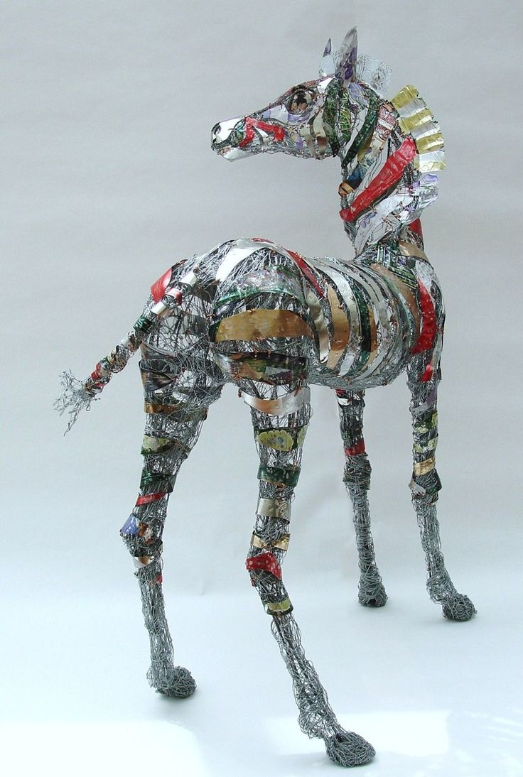 145 best wire art - horses and reindeer images on Pinterest | Horses ...
