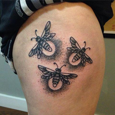 Lil #firefly #tattoo thanks Lynne! #tattoo #tattoos #blackwork #blacktattoos #blackandgreytattoo #stippletattoo #traditionaltattoos #sarapurr #rabidhands #rabidhandstattoo #seattletattoos #seattletattooers #fireflies