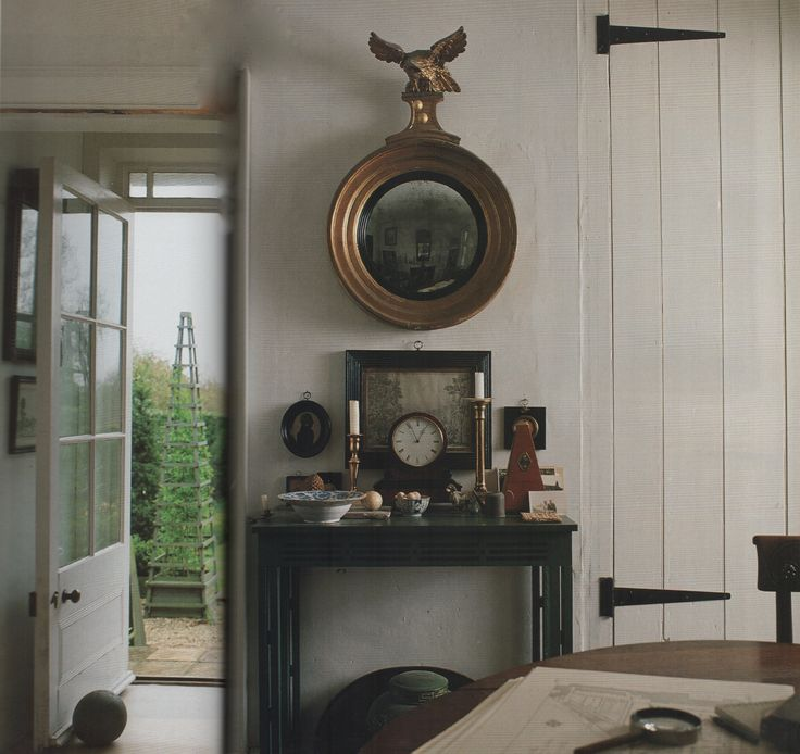 George Carter's cottage country house at Silverstone Farms in Norfolk, England. The World of Interiors, April 1990. Photography by Tom Leighton.