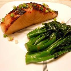 Miso and Soy Chilean Sea Bass Allrecipes.com: Miso Soy, Met Miso, Bass Recipe, Soy Chilean, Chilean Sea Bass, Chilean Seabass