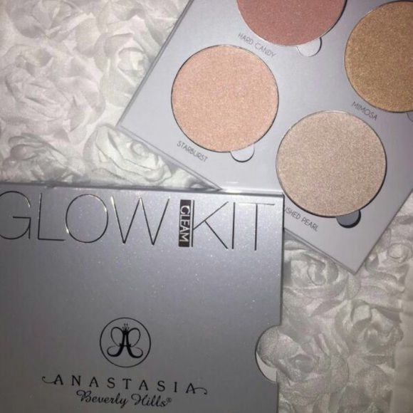 Anastasia Gleam Glow Kit Brand new & Guaranteed authentic. This is from my personal collection and never used it because I preferred my other kits. FIRM ON PRICE Anastasia Beverly Hills Makeup Luminizer