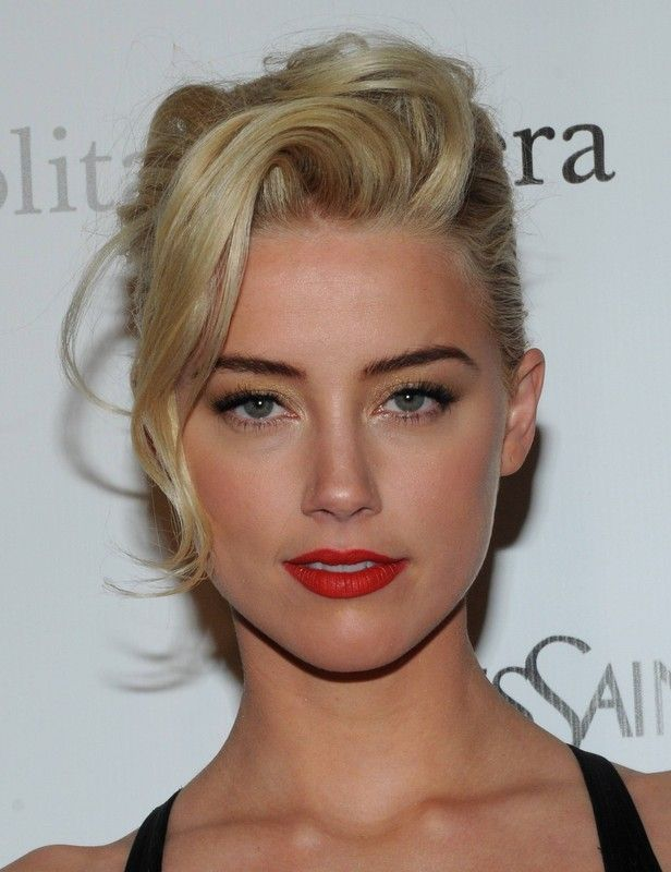 Amber Heard, love her simple makeup and hair