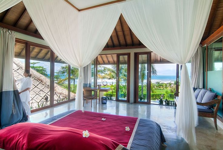 #Villa Shalimar is the perfect location for #parties, #weddings and other larger #events, but also for a relaxing and overwhelming...#bali #holiday #balivilla #balibible #geriabali #trulyasia #wtm #tgif