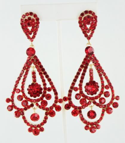 Best 25 prom earrings ideas on pinterest gold wedding for How to match jewelry with prom dress