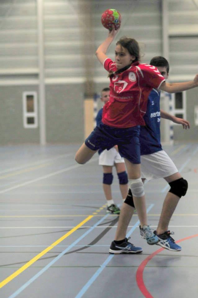 Maaike Dompeling, handbal toernooi Zeeland bij HC1, zomer 2014