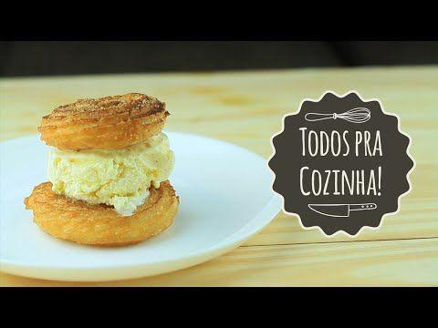 Parem as máquinas: faça um sanduíche de churros com recheio de sorvete | Catraca Livre