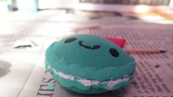 Diy Squishy Cake : 17 Best images about D.I.Y SQUISHIES!!! on Pinterest Cake slices, How to make pie and Homemade