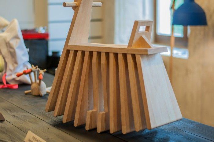 Выставка IZBA, русский дизайн, русский стиль в дизайне, мебель для детей, комоды, дизайнерские светильники, аксессуары для интерьера | Идеи для ремонта