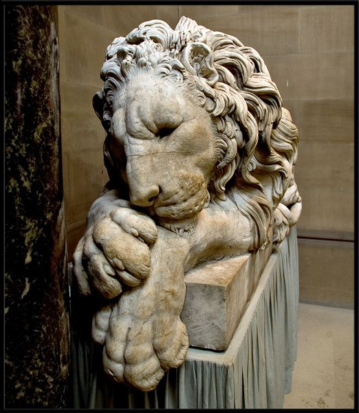 One of the beautiful marble lion sculptures from Chatsworth House in Derbyshire.