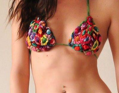 Fuente: https://www.etsy.com/es/listing/19906081/retro-brazilian-crochet-bikini-with?ref=shop_home_active