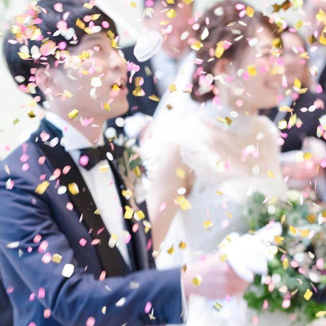 早いもので結婚式から1ヶ月 お花がもったいないから #フラワーシャワー #ではなく #ペーパーシャワー #掃除は大変😑 #ごめんなさい