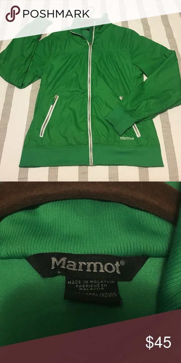 Marmot insulated lightweight jacket Good condition. No tears, holes or visible wear. Marmot Jackets & Coats