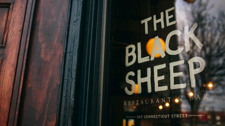 Ознакомьтесь с этим проектом @Behance: «The Black Sheep Restaurant & Bar» https://www.behance.net/gallery/43676133/The-Black-Sheep-Restaurant-Bar