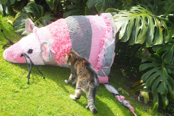 Angelina Ballerina. The mouse was knitted by The Matayarnas ready for a political yarn bomb.