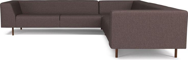 Less sofaserie er et fantastisk godt eksempel på Bolias designfilosofi. Gode råmaterialer, unikt design, enkel form og funksjon – til en lav pris. Less har en kjerne av massivt tre, ben i rustfritt stål og 5 års garanti mot formendringer av seteputene. Less sofaserie fås i flere modeller, stoffer og farger. Som tilbehør vil seriens puff gi sofaen ytterligere komfort.
