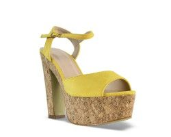 28€ Chunky hell sandal, yellow and suede pattern. Visit our website now!