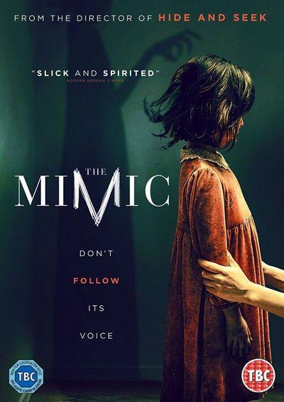 The Mimic nos cuenta la historia de una misteriosa criatura que vive en las montañas y que puede imitar los sonidos humanos.