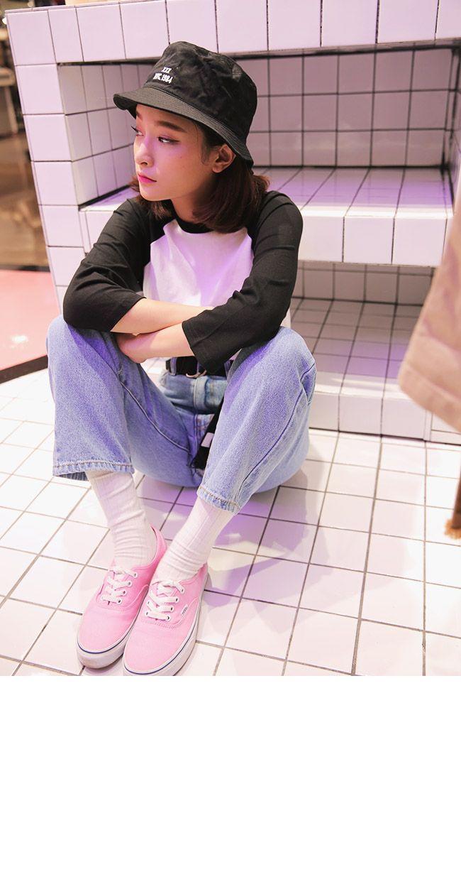 pink converse jeans shirt bucket hat long sock fashion style