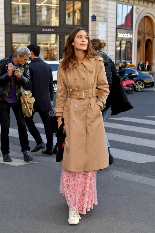 Alexa Chung Stella Mccartney Fashion Show In Paris 06 Gotceleb