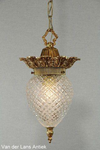 Ananas hanglamp 26392 bij Van der Lans Antiek. Meer antieke lampen op www.lansantiek.com
