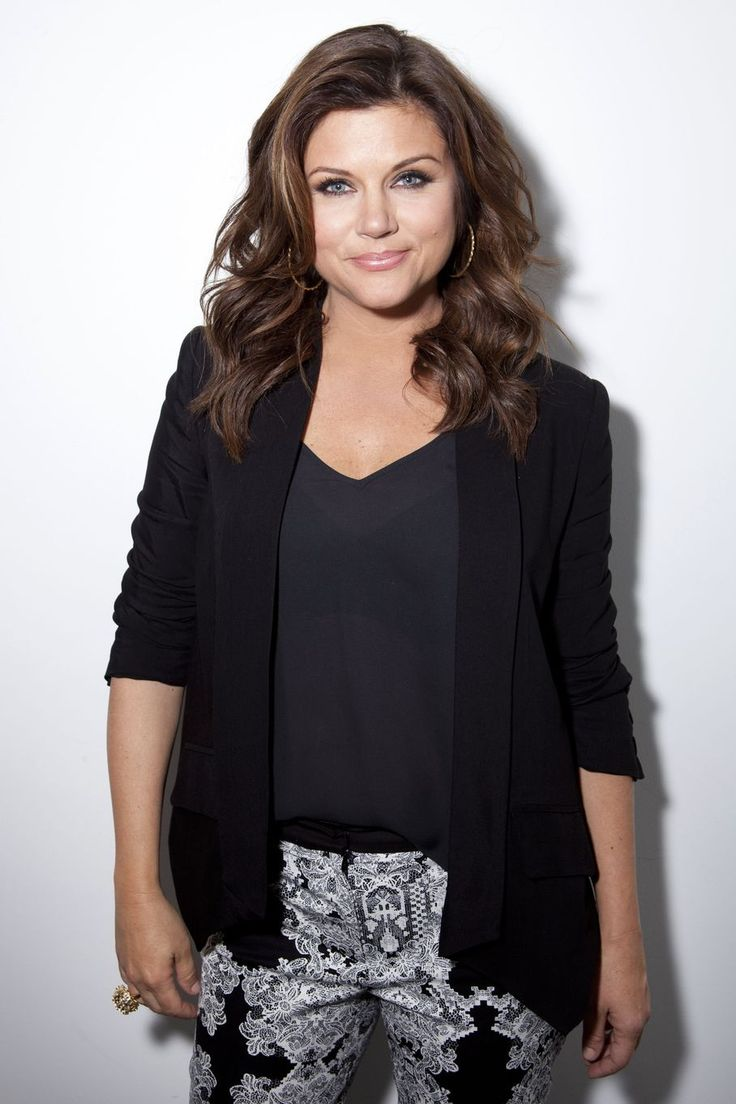 359 best ♀ Tiffani Thiessen images on Pinterest | Beverly ...