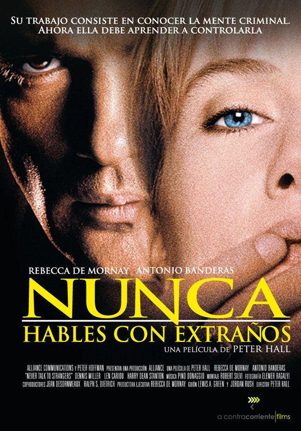 """Sara Taylor, una psicóloga criminalista, conoce en un supermercado a un misterioso hombre latino que la seduce. Se trata de Tony Ramírez, un extraño hombre de irresistibles encantos del que se enamora. Pero cuando las cosas se empiezan a torcer, decide contratar a un investigador privado para que siga a su amante. Intriga, seducción y altas dosis de erotismo en la línea de """"Atracción Fatal"""" e """"Instinto Básico""""."""