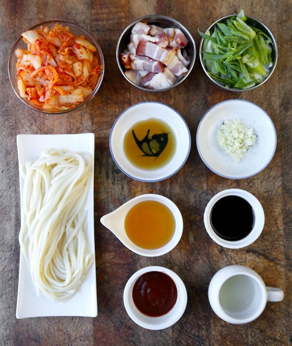 This is a sweet, nutty and spicy kimchi udon stir fry your whole family will love - and it only takes 15 minutes to make from start to finish!