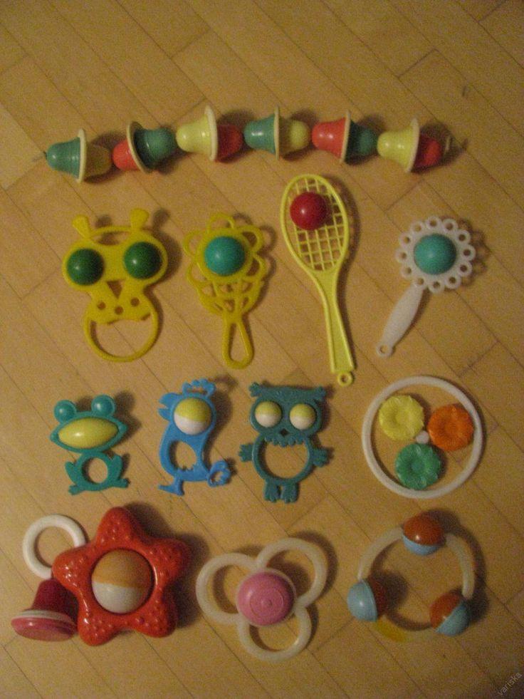 Погремушки (растяжка колокольчики, жёлтый филин, красный колокольчик). Игрушки СССР - http://samoe-vazhnoe.blogspot.ru/