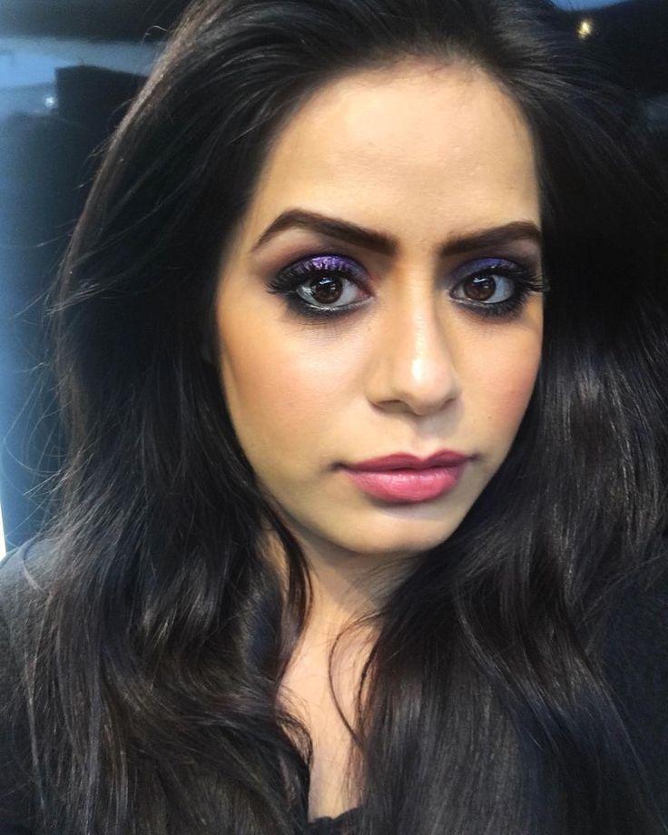 Do you Smoke?  Me: NoOnly my Eyes   #indianmakeup #bangalorebloggers #bangaloreblogger #bangaloremakeupartist #macforumbangalore #purplesmokeyeye #smokeyeye #indianmakeup #fashion #fashionblogger #makeupblogger #eyemakeup #like4like #likeforlike #indianbeauty #bangalorefashion
