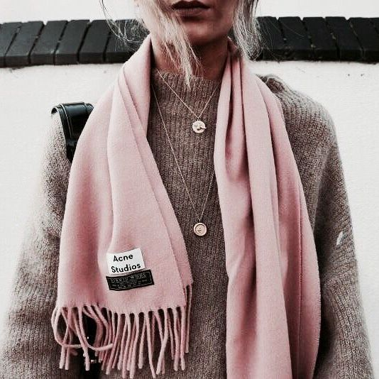 1000 Ideas About Scarf Outfits On Pinterest Plaid Scarf Outfit Blanket Scarf Outfit And