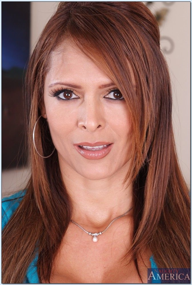 Anal Monique Fuentes 3