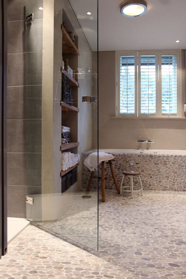 Badkamer - Marijke Schipper: ontwerp en styling voor Eigen Huis & Tuin GALETS +TONS