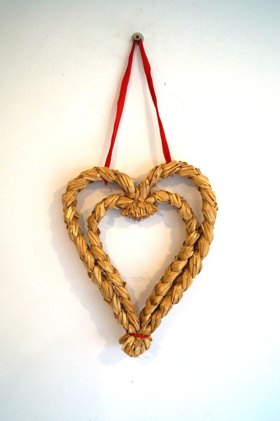 Heart decor of straw for wall or door Swedish by vintagdesign