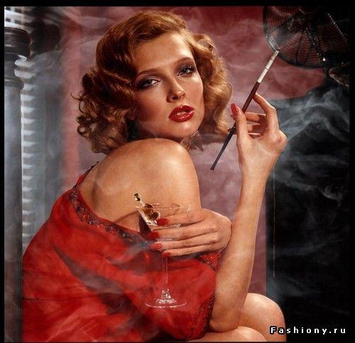 Девушка с сигаретой.... / фото девушек с сигаретой