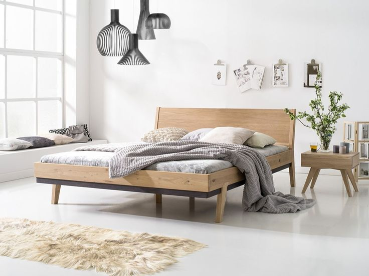 Sypialnia jako miejsce wytchnienia, odpoczynku i dobrego snu powinna być urządzona w sposób komfortowy, dostosowany do naszych indywidualnych upodobań oraz potrzeb. Przede wszystkim liczy się jednak to żeby łóżko, które zakupiliśmy cieszyło nas swoją wygodą użytkowania oraz wyglądem. Najlepiej jakby było nie tylko praktyczne, ale również tworzyło ozdobę dla naszej sypialni oraz było trwałe w użytkowaniu. Łóżka z kolekcji Karina z pewności...