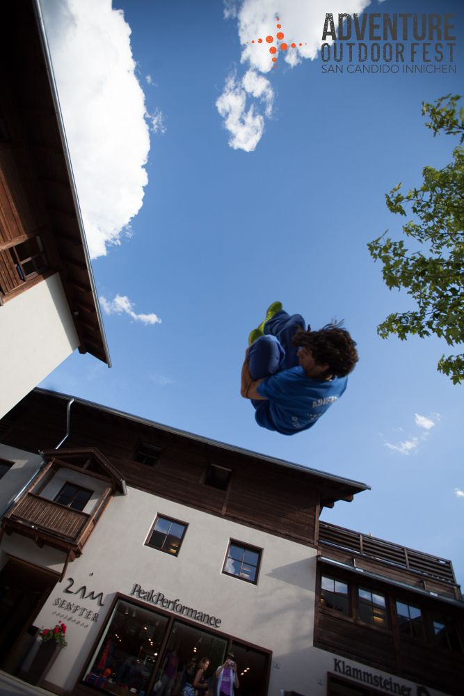 Parkour Adventure Outdoor with Side Motion Crew